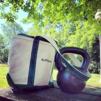 Have kettlebell, will tote