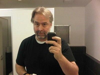 Super-Classy German WC Self-Portrait